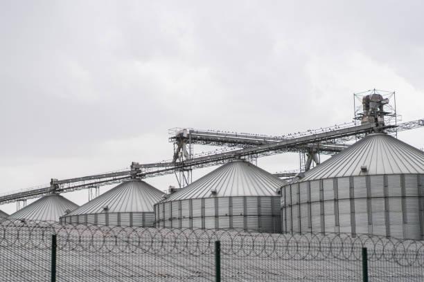 sugar refinery in konya - zuccherificio foto e immagini stock