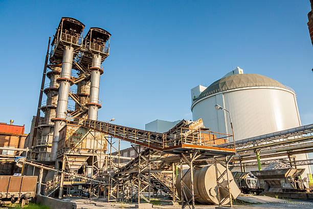 sugar refinery - poland. - zuccherificio foto e immagini stock