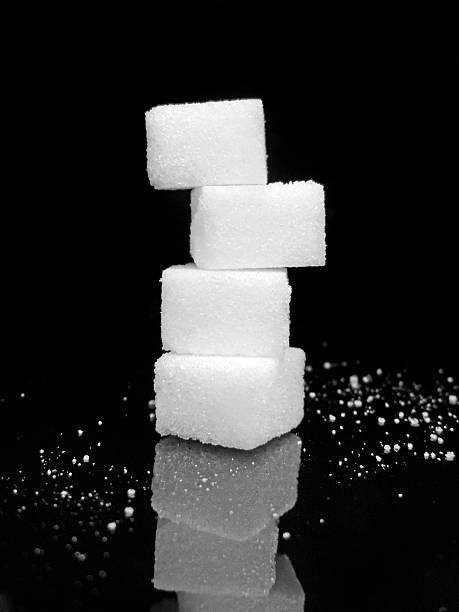sugar stack - würfelzucker stock-fotos und bilder