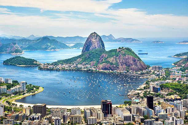 pão-de-açúcar no rio de janeiro, brasil - rio de janeiro imagens e fotografias de stock