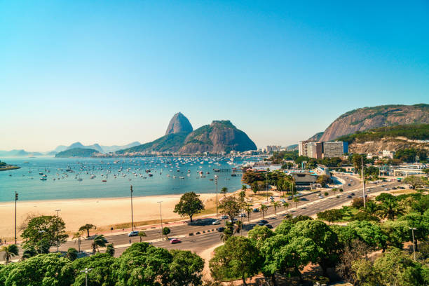 zuckerhut in rio de janeiro, brasilien - brasilien stock-fotos und bilder