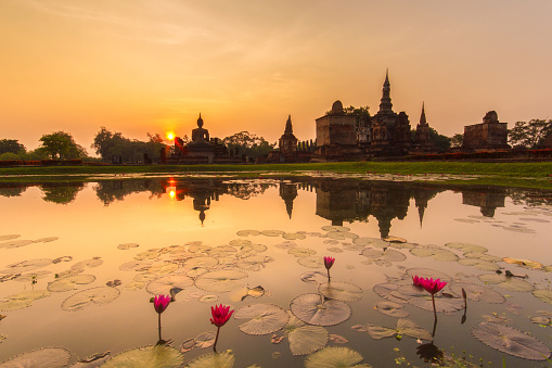 istock Sukhothai historical park 615600708