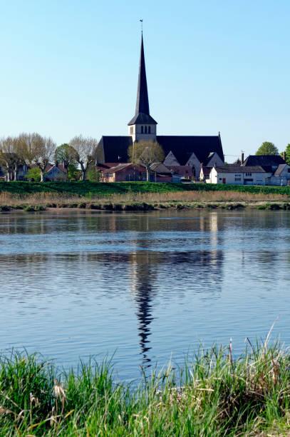 Sully sur Loire village - Photo