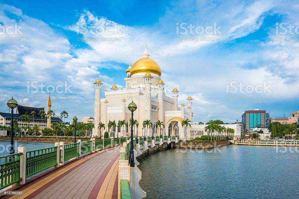 Sultan Omar Ali Saifuddin Mosque, Brunei stock photo