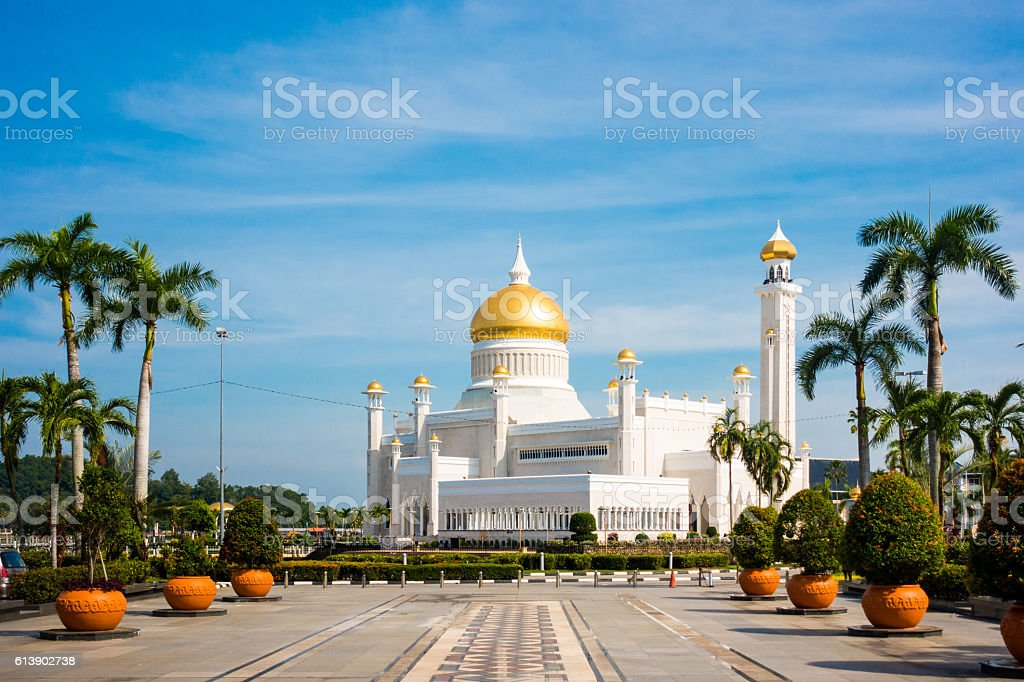 Sultan Omar Ali Saifuddin Mosque, Brunei stock photo