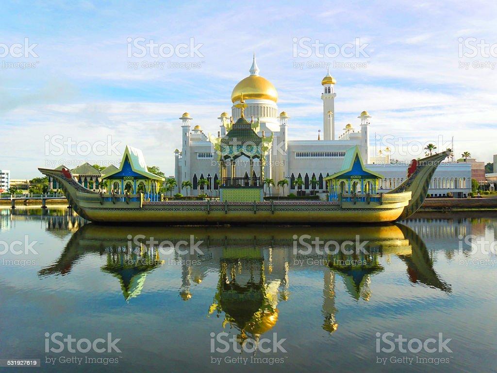 Sultan Omar Ali Saifudding Mosque, Bandar Seri Begawan, Brunei, Southeast stock photo