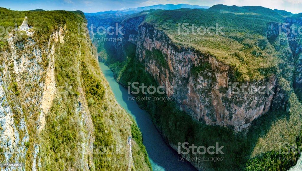 メキシコ チアパス州スミデロ渓谷渓谷 - スミデロ渓谷のストックフォト ...