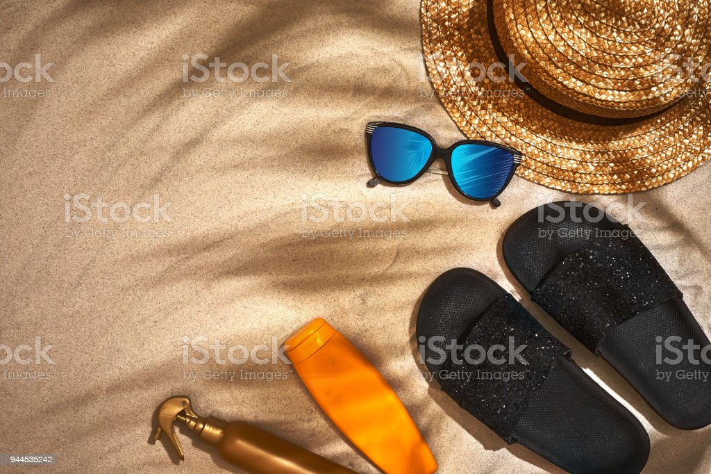 77fe331a9699 Summer Background With Straw Hat Sunglasses Sunscreen Bottle And ...