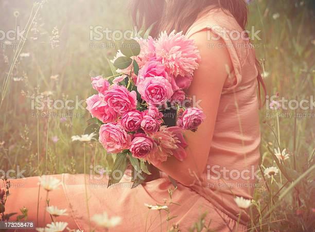 Summer bouquet picture id173258478?b=1&k=6&m=173258478&s=612x612&h=yzdcscsnzalot0osahdbejoypmm50di7ce77um 02nu=