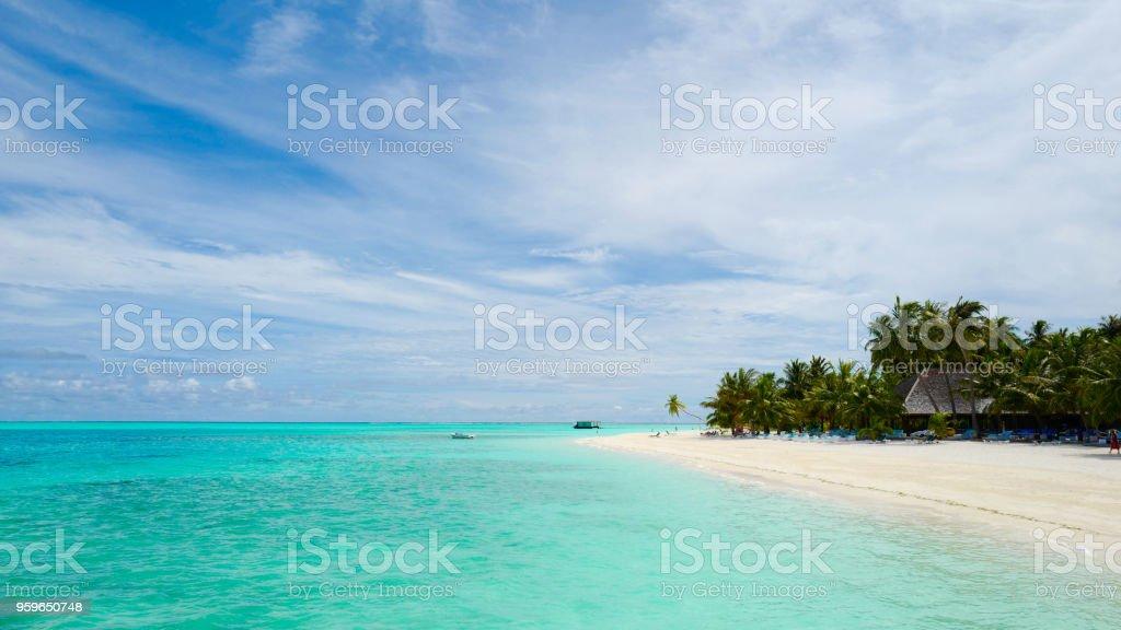 Concepto, arena de playa blanca y turquesa de verano mar color dimensión relación uso para portada de facebook incluyen copyspace para agregar página nombre texto o gráfico - Foto de stock de Abstracto libre de derechos