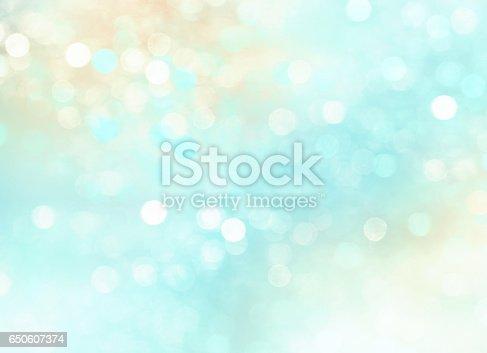 istock Summer cyan resort concept blurred background. 650607374