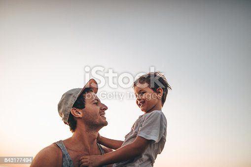 istock Summer days with my dad 843177494