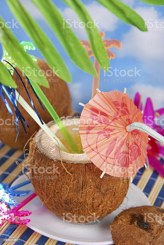 여름 음료입니다 에서 코코넛 섈 royalty-free 스톡 사진
