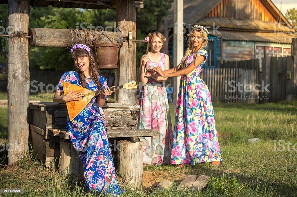 Sommer Abend im russischen Dorf – Foto