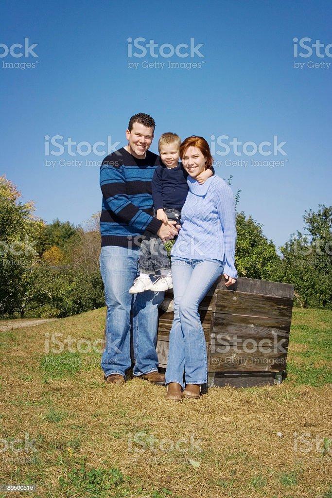 Summer family portrait royaltyfri bildbanksbilder