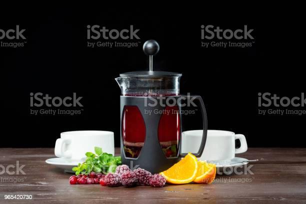Foto de Chá De Frutas De Verão Com Bagas e mais fotos de stock de Almoço