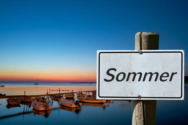 sommer in kroatien - sonnenbrand heilen stock-fotos und bilder
