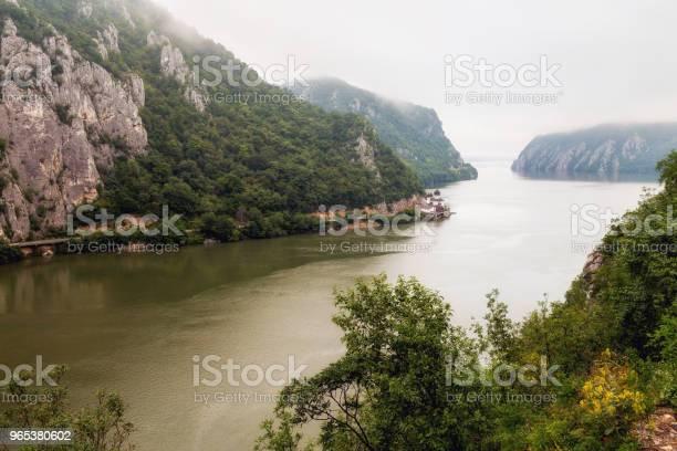 Letni Krajobraz Wąwozu Dunaju Rumunia - zdjęcia stockowe i więcej obrazów Bez ludzi