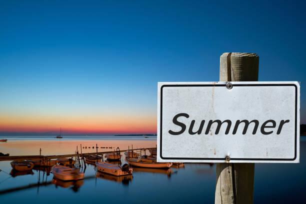 sommer - sonnenbrand heilen stock-fotos und bilder
