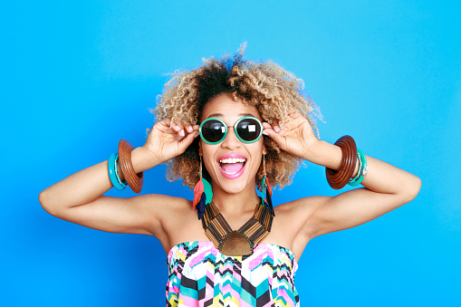 1062933270 istock photo Summer portrait of excited afro american young woman 521083232