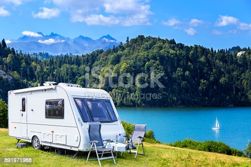 istock Summer scene with Czorsztyn lake and Tatra Mountains landscape, Poland 891971988