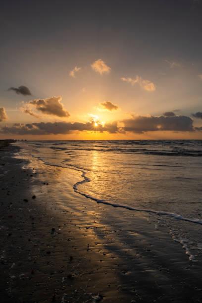 summer sunrise in texas - memorial day weekend стоковые фото и изображения