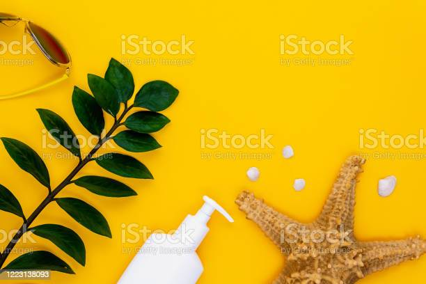 Summer vacation holiday concept on yellow background picture id1223138093?b=1&k=6&m=1223138093&s=612x612&h= wus0z4syqagn32dteyoet1lqqo yriklxvopfyurqe=