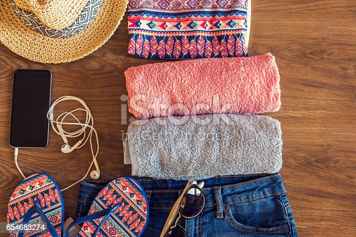 654680306 istock photo Summer vacation things neatly organised 654683274