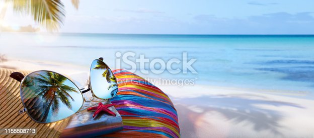 summer vacation; tropical beach background;