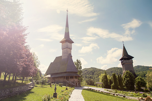 Barsana 수도원의 여름 보기 0명에 대한 스톡 사진 및 기타 이미지
