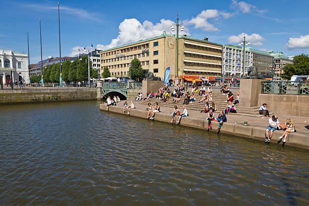 summertime in gothenburg - tunnel trafik sverige bildbanksfoton och bilder