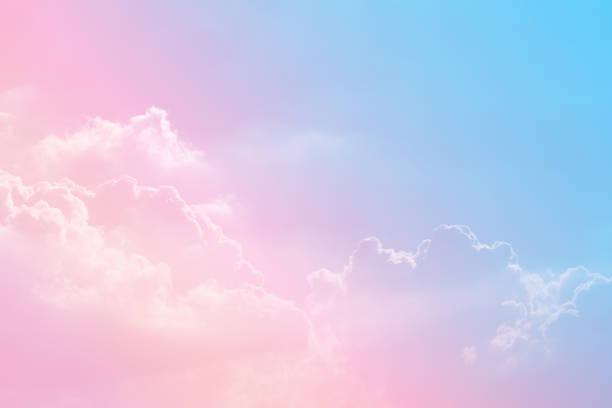 tło słońca i chmury z pastelowym kolorem - pastelowy kolor zdjęcia i obrazy z banku zdjęć