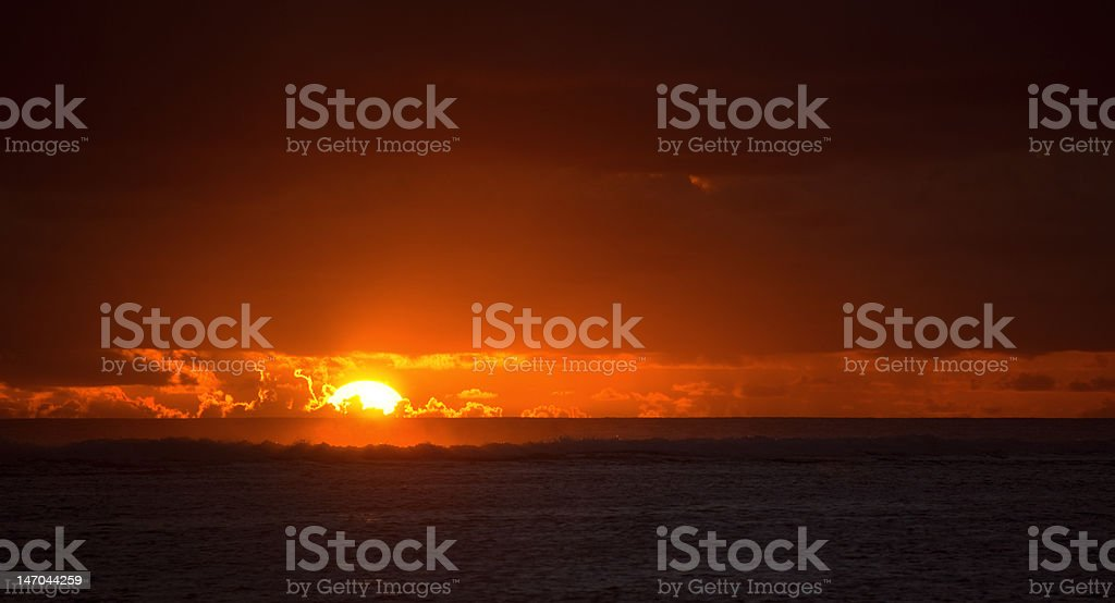Sun sinks to Sea royalty-free stock photo