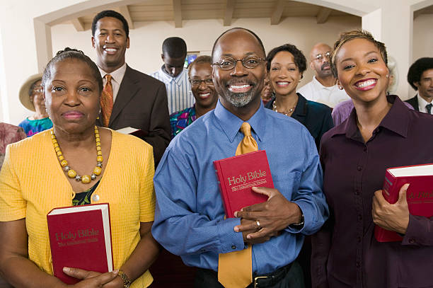 Sunday Service Congregation Sunday Service Congregation church stock pictures, royalty-free photos & images