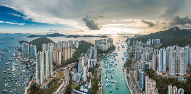 sunet i aberdeen, hong kong - hongkong bildbanksfoton och bilder