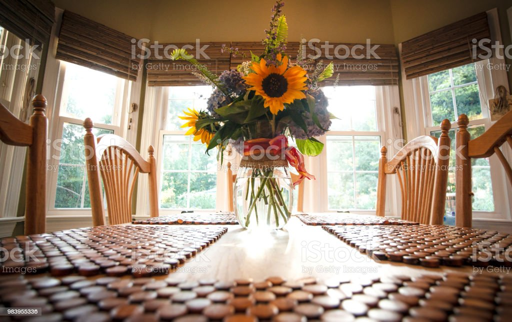Sunflower Centerpiece Stock Photo Download Image Now Istock