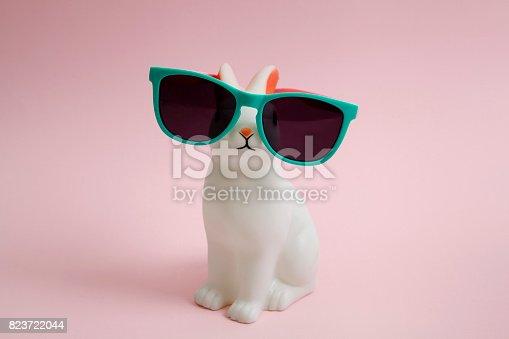 istock Sunglasses bunny 823722044