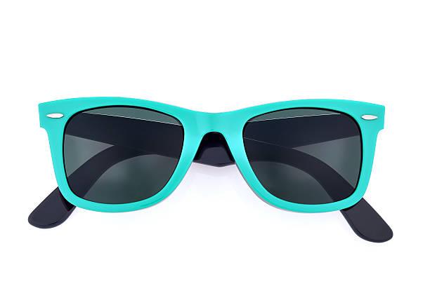 Óculos escuros no fundo branco - foto de acervo
