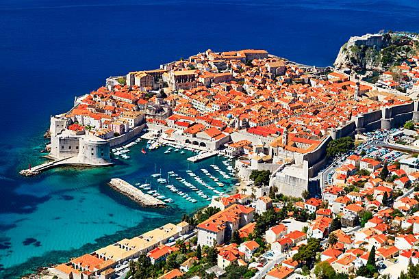 Sonnigen Tag Luftaufnahme der Altstadt von Dubrovnik, Kroatien. – Foto