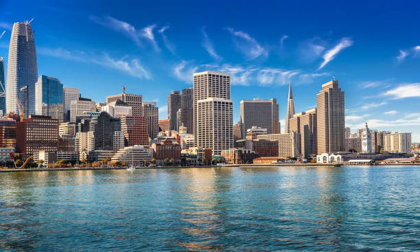 Sunny day in San Francisco Downtown San Francisco and bay area on sunny day san francisco california stock pictures, royalty-free photos & images