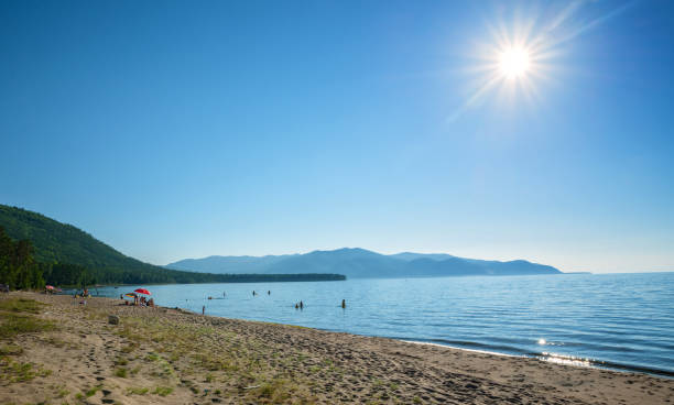 Ein sonniger Tag an der Ostseite des Baikalsees – Foto