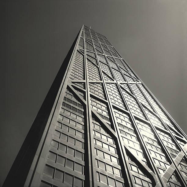 sunny centro john hancock - edificio hancock chicago fotografías e imágenes de stock