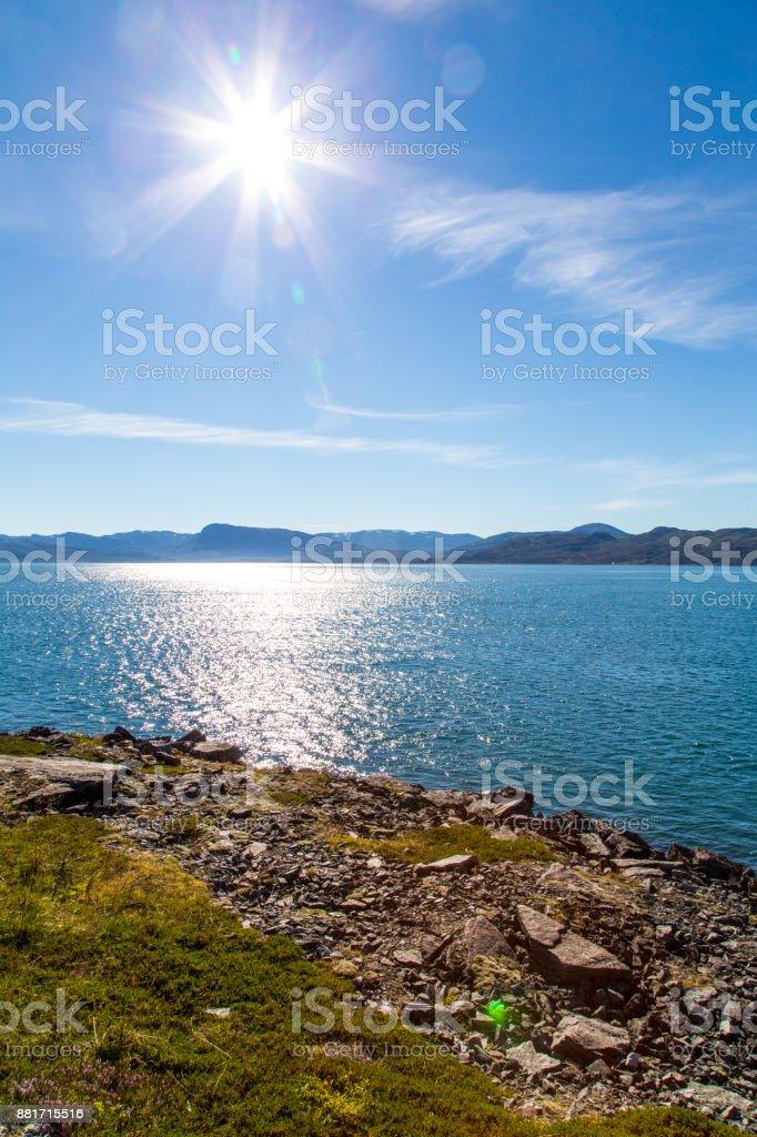 Sonnige Landschaft in der Nähe von Hammerfest, Norwegen – Foto