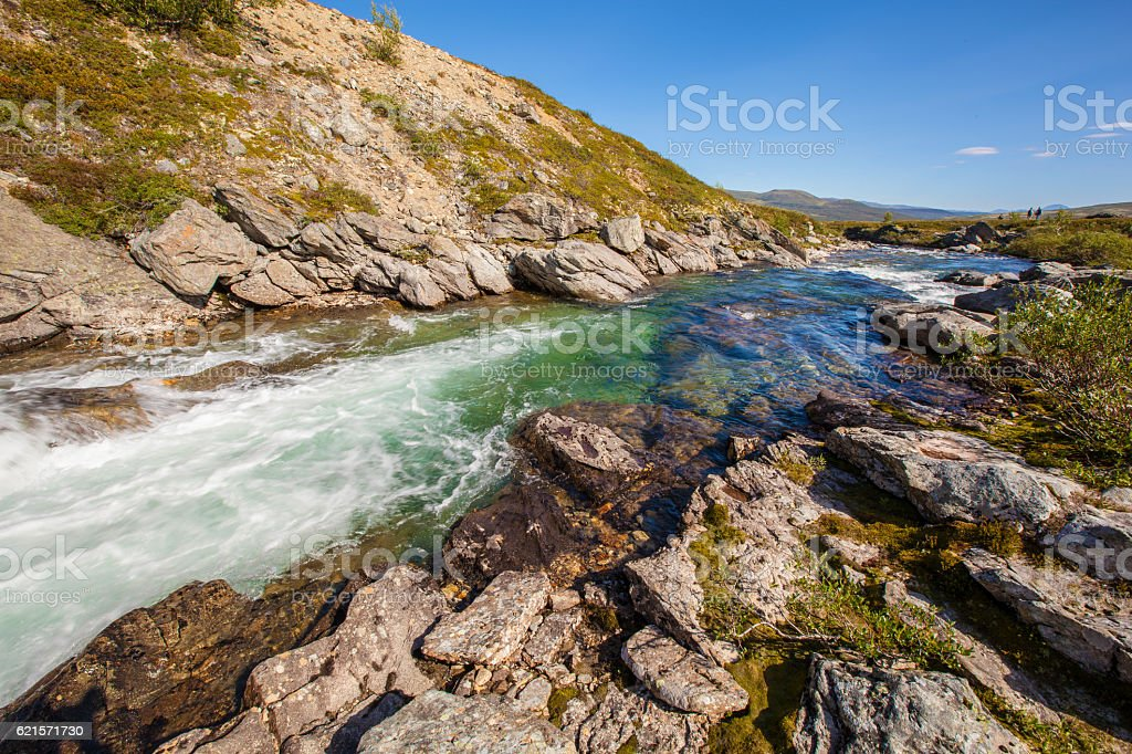 sunny landscape Norway mountains Dovrefjell river photo libre de droits