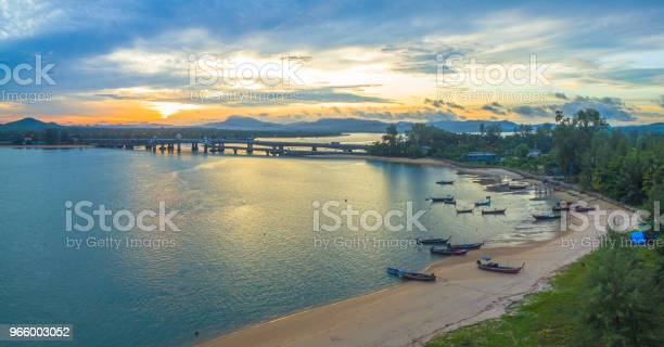 Sonnenaufgang Über Die Sarasin Brücke Conect Phuket Und Pang Nga Stockfoto und mehr Bilder von Alt