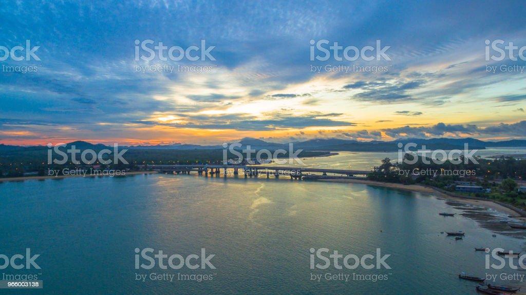 sunrise above Sarasin bridge conect Phuket and Pang Nga - Royalty-free Antigo Foto de stock