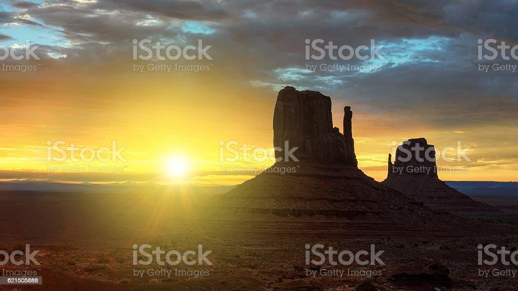 Alba nella Monument Valley foto stock royalty-free