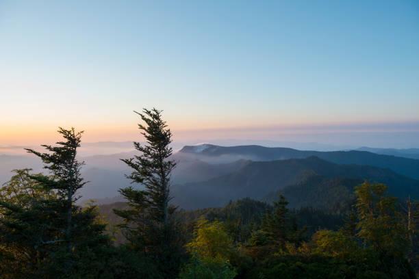 Sonnenaufgang am Mount LeConte in den Smoky Mountains – Foto