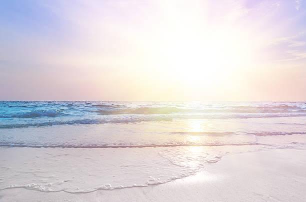 sunrise at sea - pink sunrise bildbanksfoton och bilder