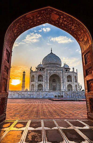 Sunrise at Taj Mahal Sunrise at Taj Mahal in Agra, India taj mahal stock pictures, royalty-free photos & images